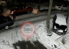 В Иванове на видео попали автоворы на ВАЗ-21099