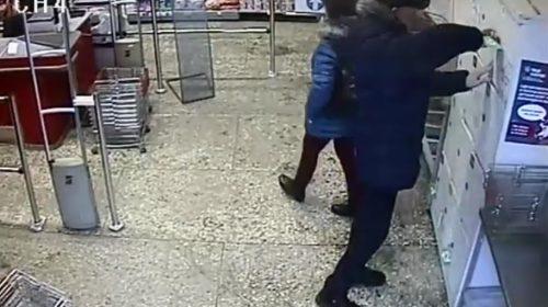 Двух жителей Кохмы обвиняют в краже iPhone в продуктовом магазине