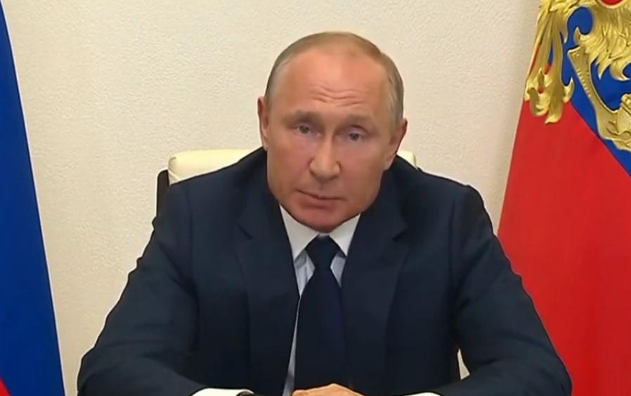 Владимир Путин отменил единый период нерабочих дней