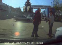 В Иванове на видео неадекват выстрелил в сторону пенсионера в дорожном конфликте