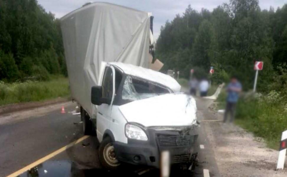 В ДТП под Палехом на трассе Иваново-Ростов-Нижний Новгород погиб человек