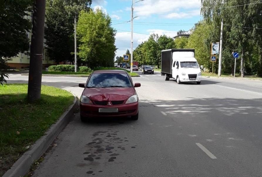 В ДТП на улице Войкова и Якова Гарелина сбили троих девочек