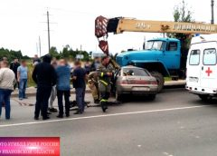 В ДТП в Тейковском районе с грузовиком пострадали два парня
