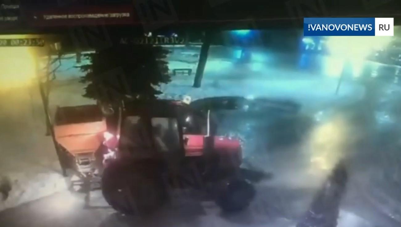 Тракториста могут лишить прав за поврежденный Троицкий сквер