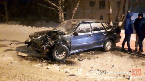 Во время сильной метели произошла авария в Кинешме на Подгорной