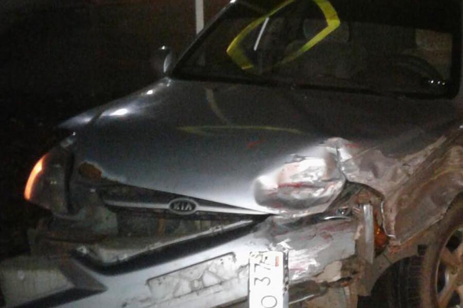Авария в Наволоки на улице Энгельса по вине водителя Cherry травмировала ребенка