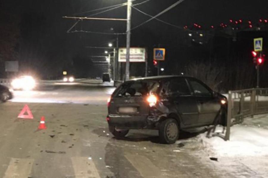 В ДТП на Красных Зорь — Рабфаковская на видео пострадали два ребёнка