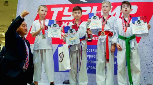 В турнире по тхэквондо воспитанники спортивной школы №7 завоевали 12 медалей