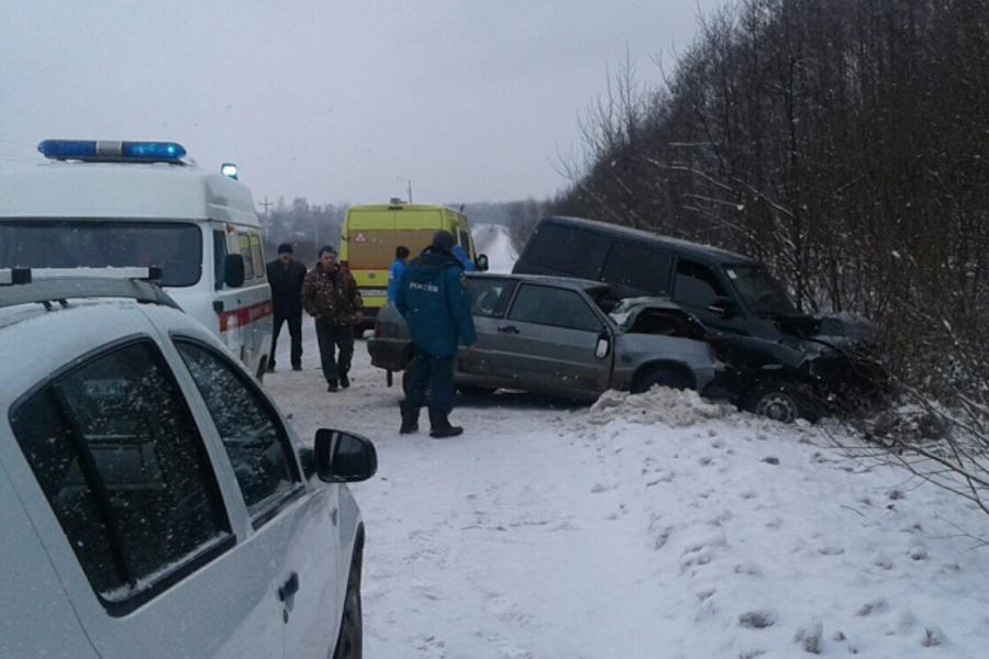 Авария в Палехском районе на фотографии произошла на обочине погибшего водителя