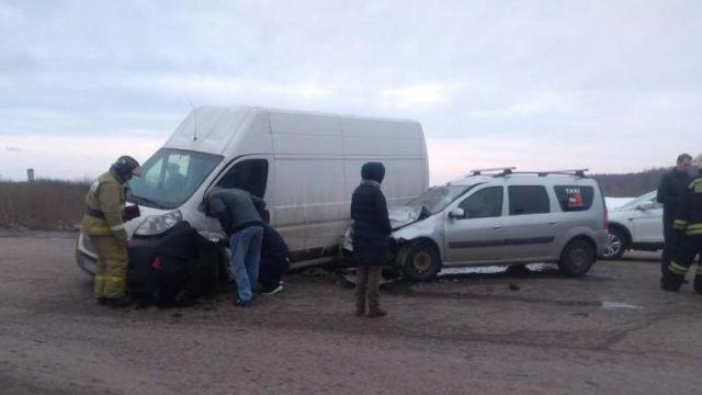 Ребенок и трое взрослых пострадали в аварии на трассе Ковров-Шуя-Кинешма