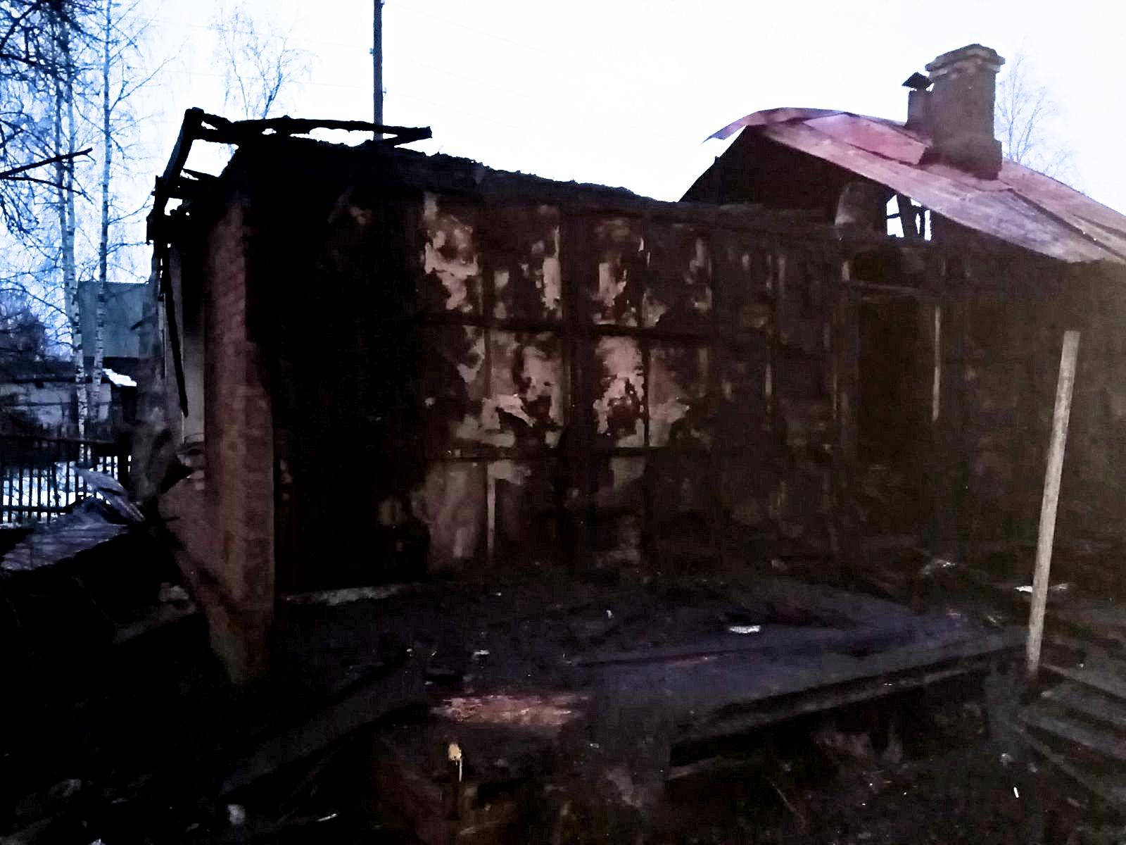 Почему начался пожар в Вичуге на Клубной: следователи назвали версию