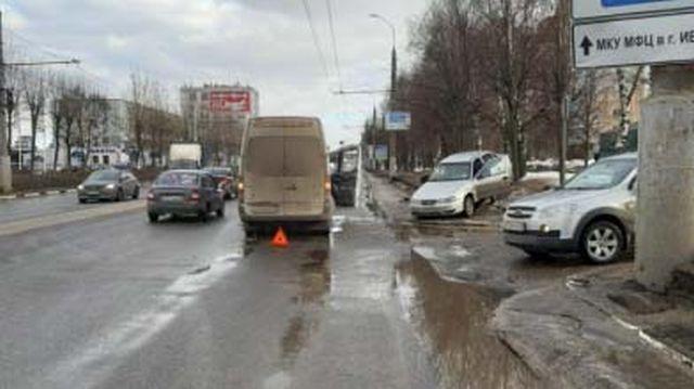 Авария на Куконковых: пострадал не пристегнутый в детском кресле ребенок