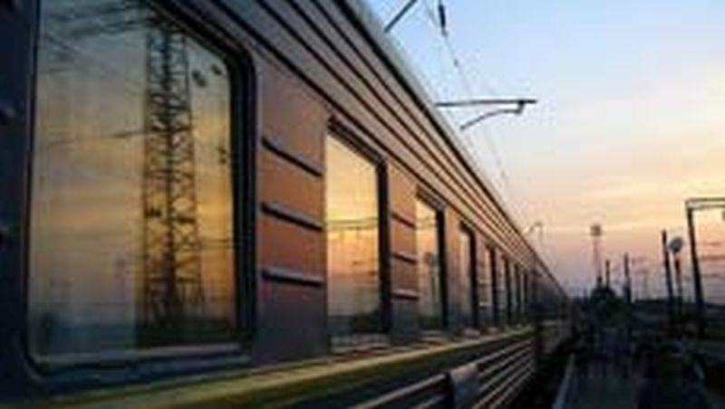 Качество уборки и состояние пригородных поездов проверили на железной дороге
