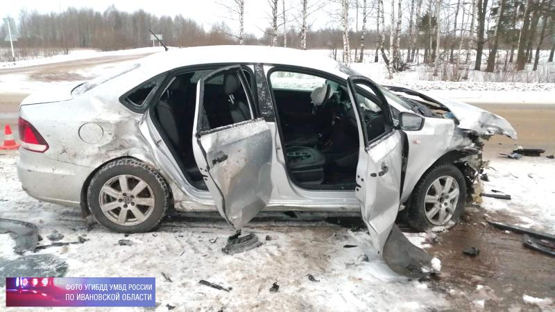 Двое взрослых и ребенок пострадали в аварии под Кинешмой