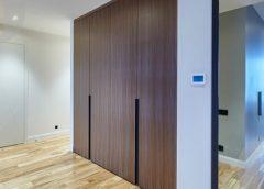 Межкомнатные двери со скрытыми петлями