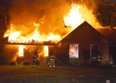 В Юрьевце сгорел дом на площади 216 квадратных метров
