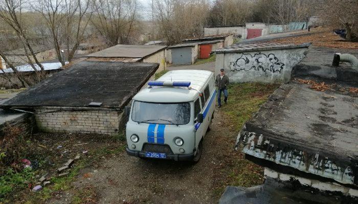 В Иванове на гаражах найден мертвым 17-летний подросток