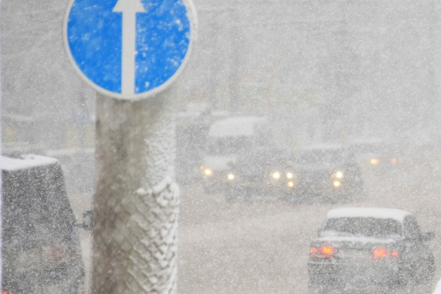 Шесть аварий в час: и это только зарегистрированные последствия снегопада