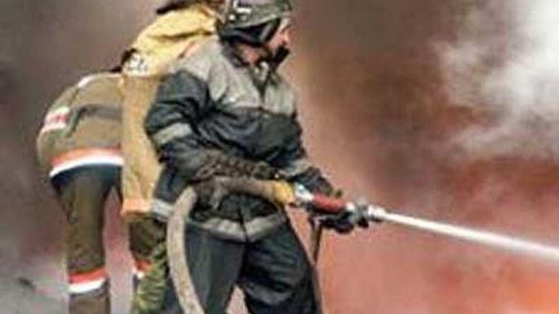 Пожар на окружной в Ильинском: сгорела заброшка площадью 200 квадратов