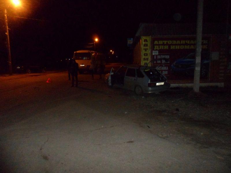Авария в Кинешме: машины столкнулись на перекрестке Юрьевецкой и Текстильной