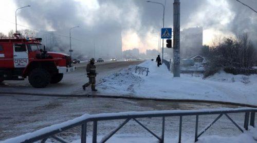Из-за пожара на улице Жарова было перекрыто несколько улиц