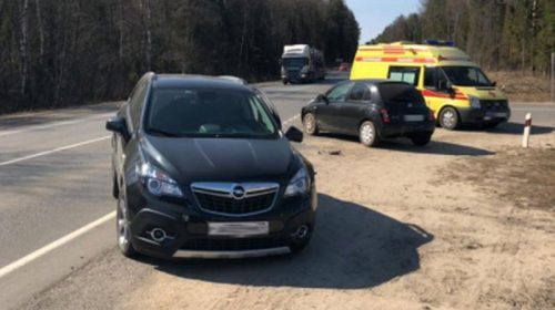 Авария на трассе Р-600: женщина на иномарке нарушила правила обгона