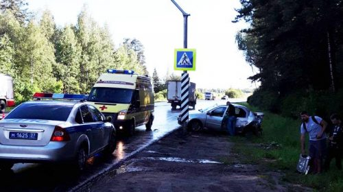 Вчера в Ивановском районе произошла тройная авария с двумя пострадавшими