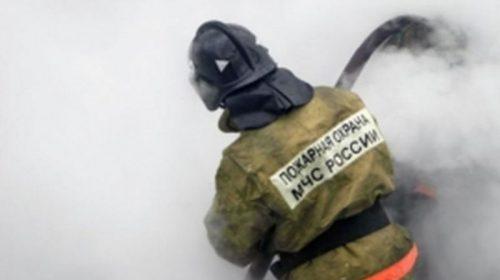 На Ташкентской горела пристройка магазина