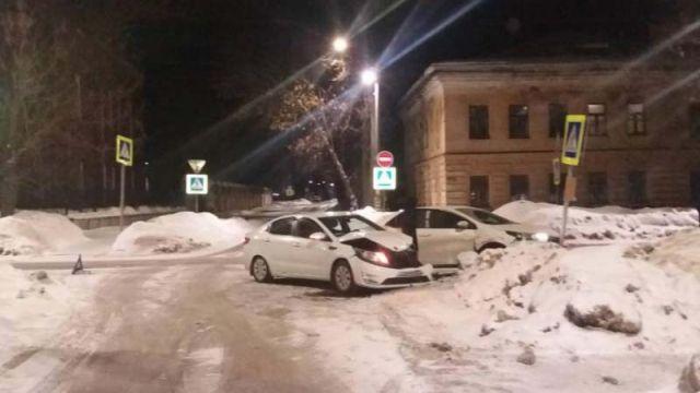 Авария в Кинешме на Ивановской: оба водителя в больнице