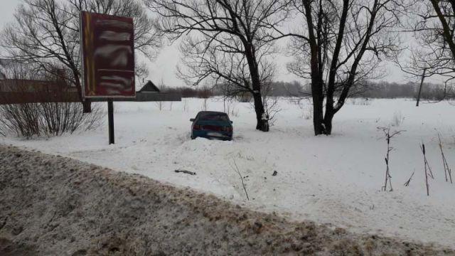 Авария на трассе Иваново - Родники: пьяный водитель вылетел с дороги