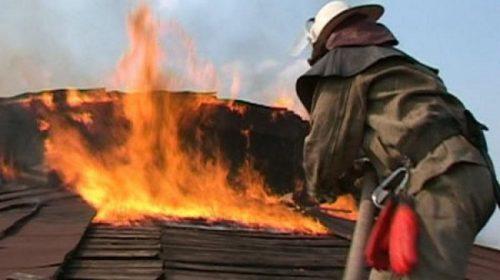Пожар в Вятчинках: сгорели два дома и пристройка