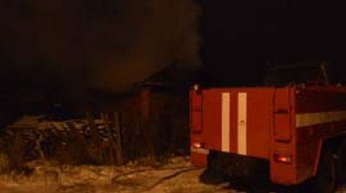Пожар в Пучежском районе уничтожил баню и повредил сарай