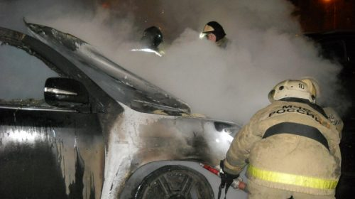 Пожар на Стрелковой: ночью сгорела очередная машина