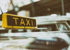 В Иванове таксист спас пенсионерку от развода на деньги