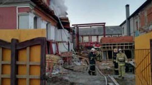 Пожар в бизнес-центре «Дербенев»: огонь охватил 30 «квадратов»