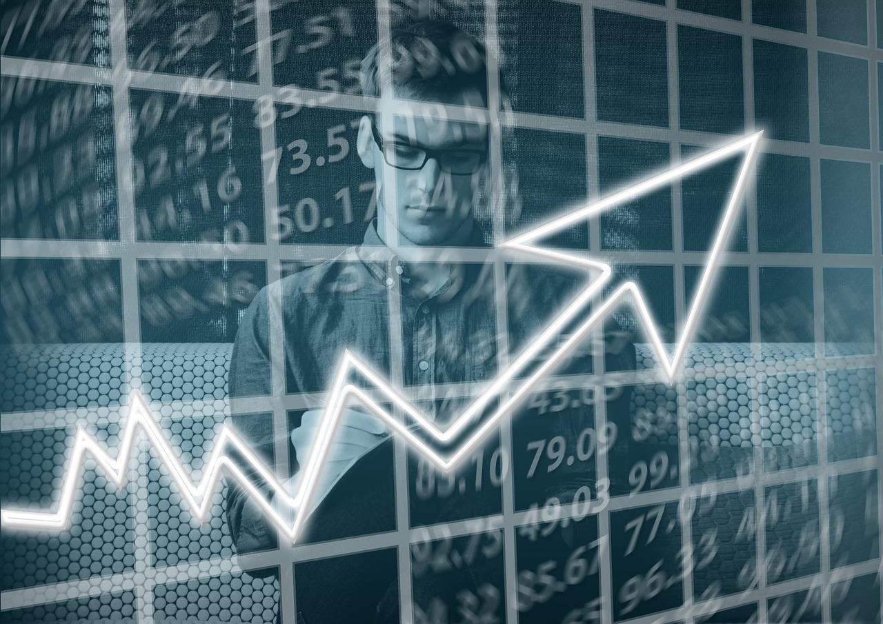 Курс Bitcoin: главная криптовалюта подорожала почти на 30%