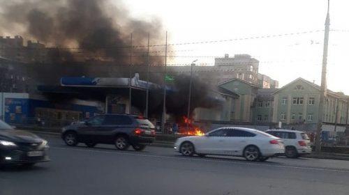 """В АЗС """"Газпромнефть"""" рассказали детали пожара напротив """"Тополя"""""""