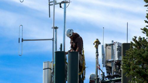 Трое безработных занимались кражами оборудования вышек сотовой связи