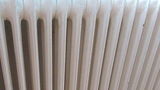 Тепло в муниципальную квартиру пришло после прокурорской проверки