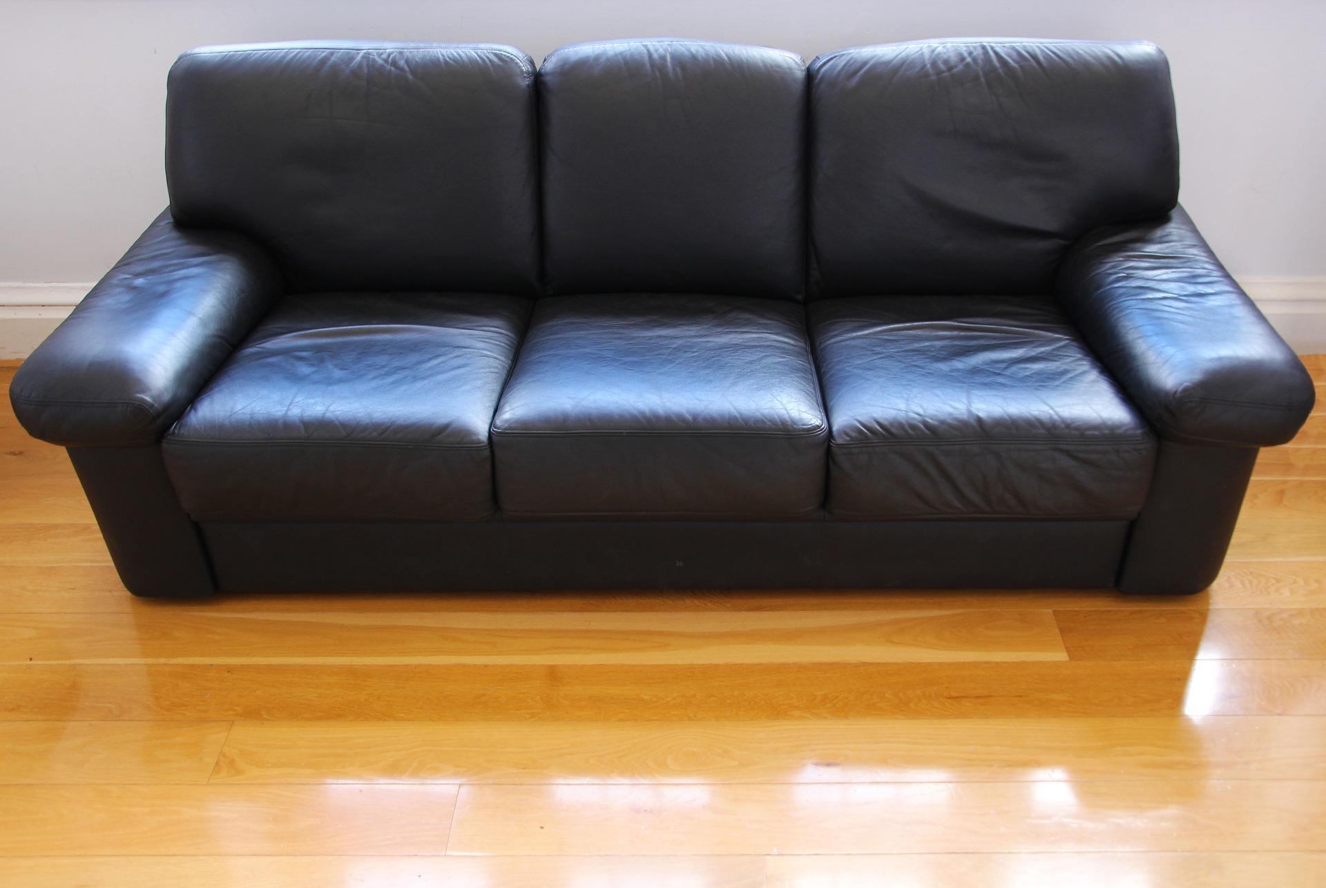 Интернет-магазин «Альтернатива» перечислил особенности экокожи для мебели