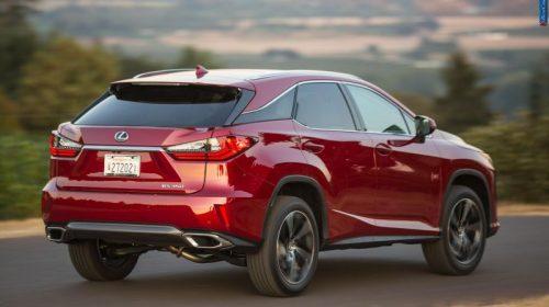 Кроссовер Lexus RX возглавил список популярных премиальных моделей в России