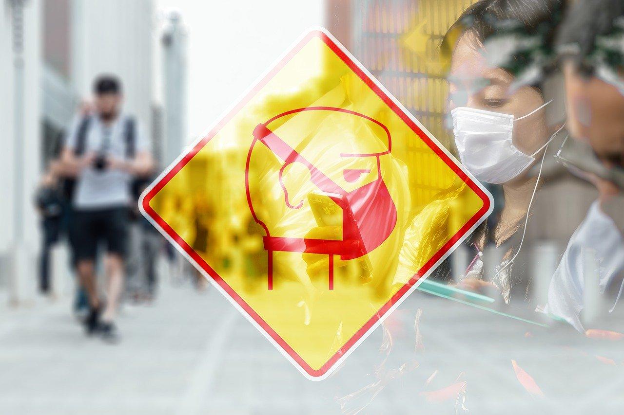 От коронавируса в Китае за новые сутки погибли еще 38 человек