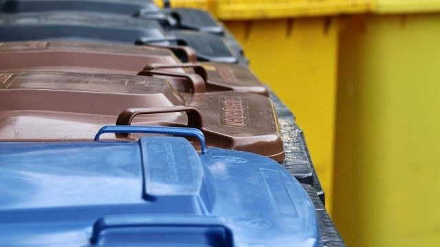 Когда вывезут мусор: город тонет в свалках из-за перемен