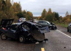 Авария в Вичугском районе: столкнулись иномарка и отечественный авто