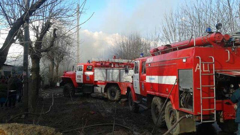 Крупный пожар в Фурмановском районе тушили 17 человек