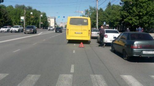 Авария на проспекте Шереметьевский: дорогу не поделили два автобуса