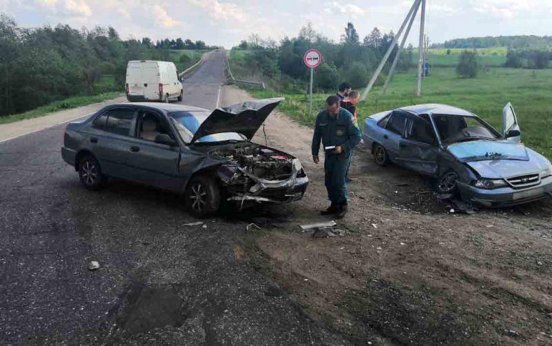 Женщина 35 лет пострадала в результате аварии в Фурмановском районе