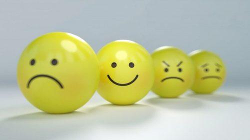 Ученые показали браслет для контроля за эмоциями