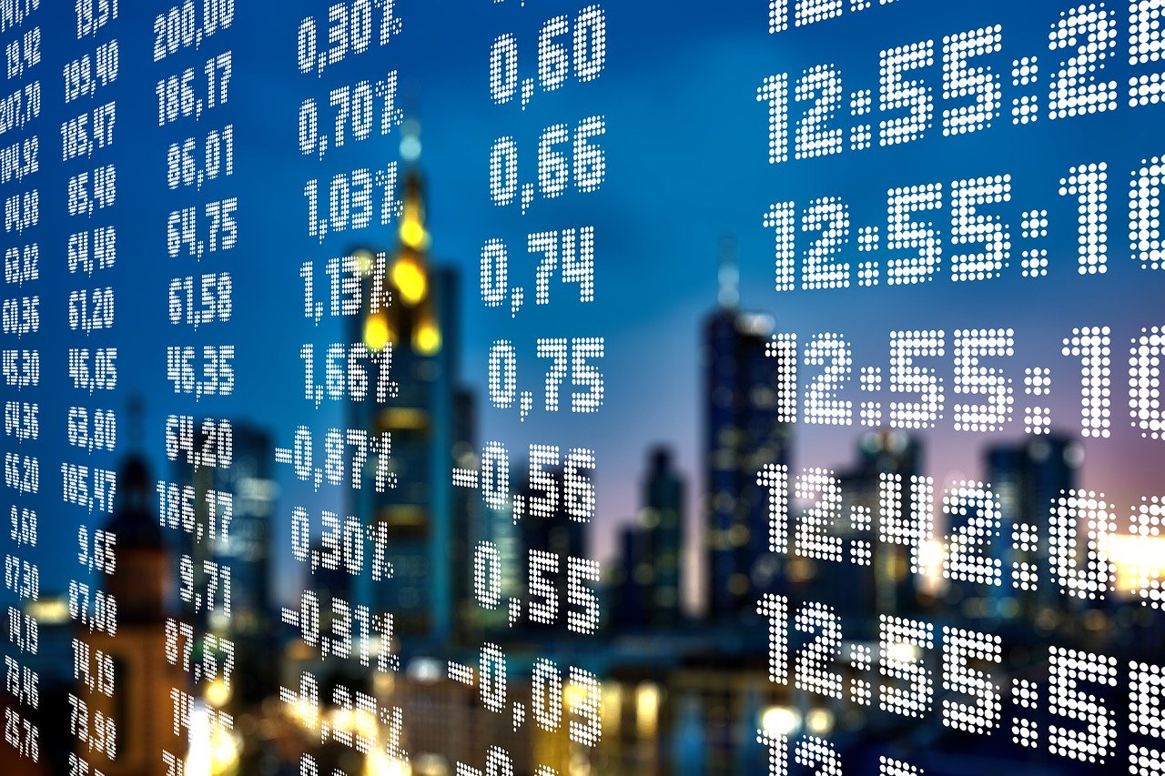 «БКС Брокер» предлагает торговлю на бирже и обучение заработку на финансовом рынке