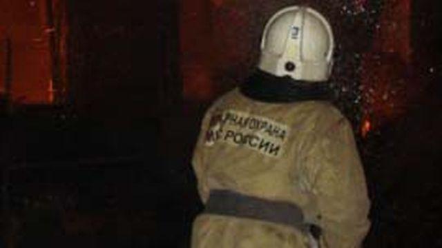 В многоэтажке по переулку Ульяновский горела квартира: пострадал человек